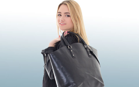 Ergonomic Strategies for Using a  Purse